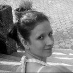 Gabriella Diesendorf freelance writer and travel blogger from Australia