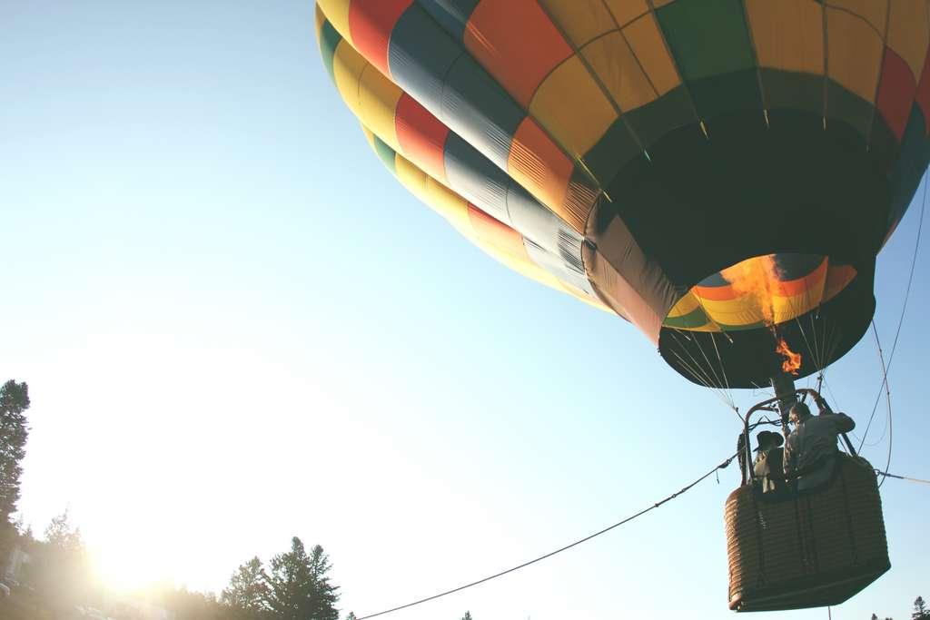 hot-air-balloon-balloon-ride-air_PD