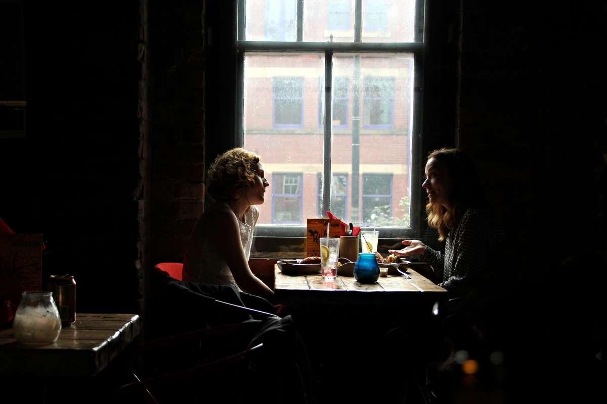 interview-restaurant-a-pair-of_PD