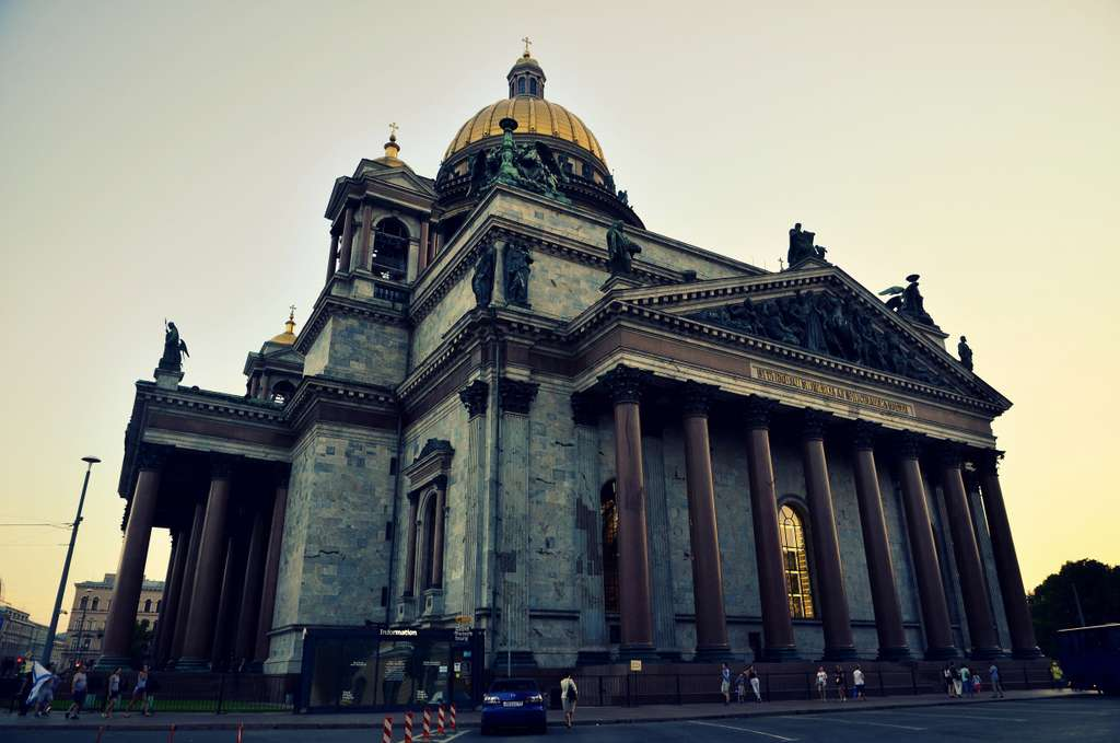 st-petersburg-russia-peter-cathedral_PD