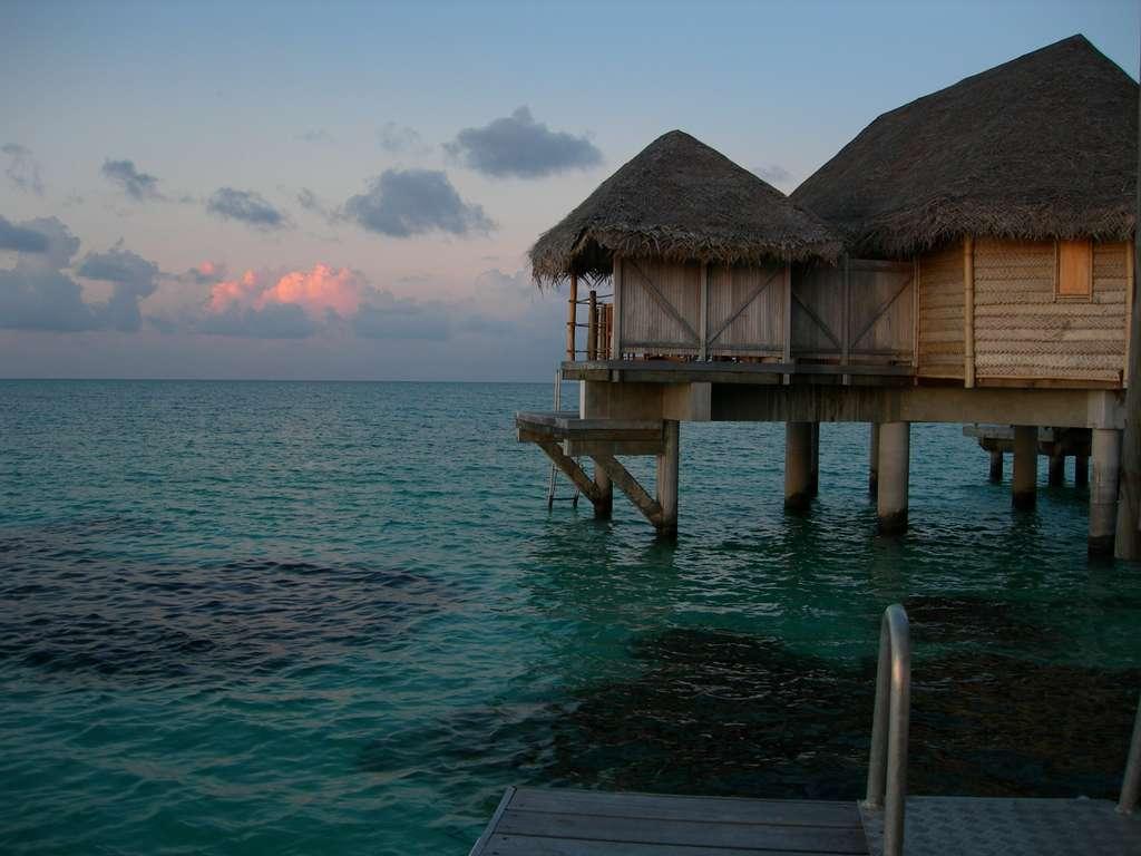 tahiti-french-polynesia-atoll_PD