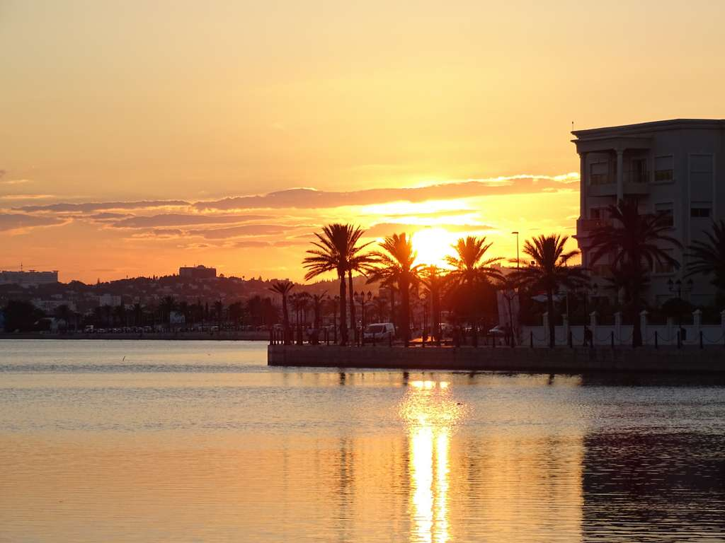 tunisia-tunis-lake-of-tunis-sunset_PD