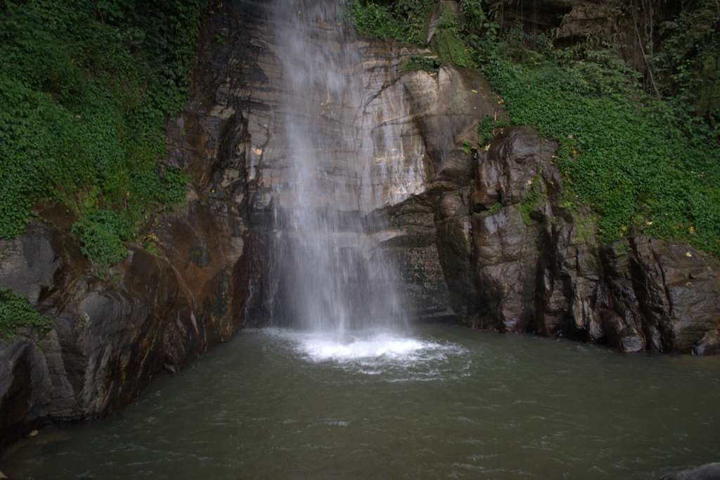 waterfall-gangtok-india-sikkim-PD