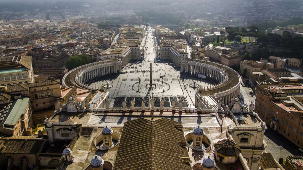 vatican-city-cathedral-panorama