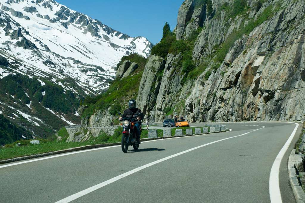 alpine-road-alpine-pass-round-trip_PD