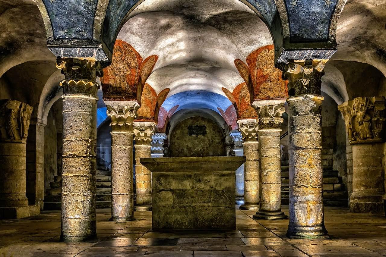 Crypt Notre Dame_Paris France_Roman Ruins_PD
