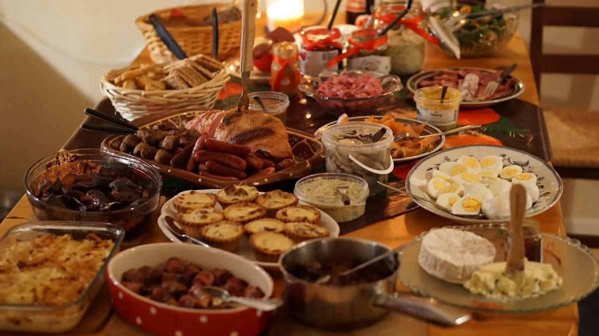 christmas-dinner-buffet-fest_PD
