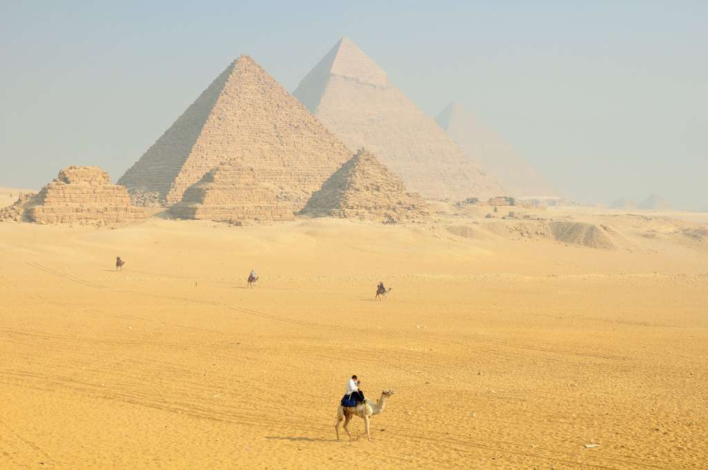 sphinx-egypt-hieroglyphs-temple_PD