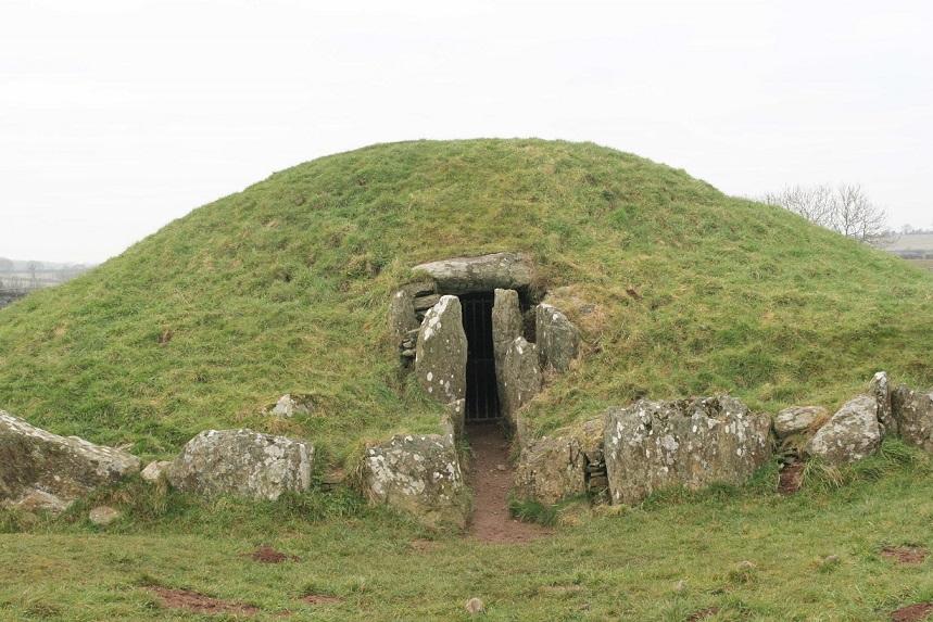 Bryn-Celli-Dde_Wales