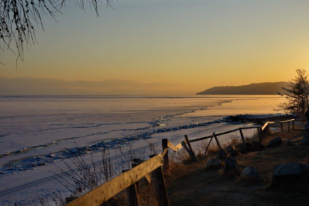 baikal-lake-landscape-winter