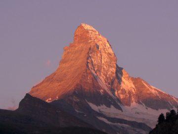 matterhorn-alpine-valais-mountain_Switzerland_PD