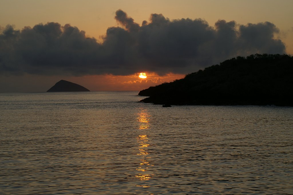 sunset-galapagos-islands-ecuador