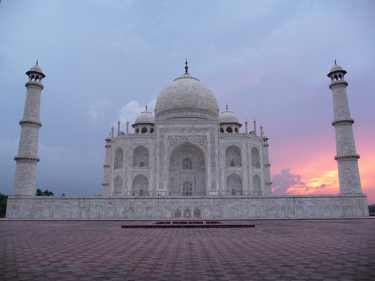 Romantic Sunset Taj Mahal_PD