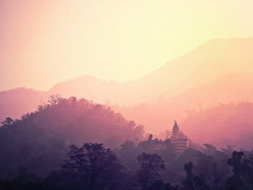 temple-rishikesh-india-hindu