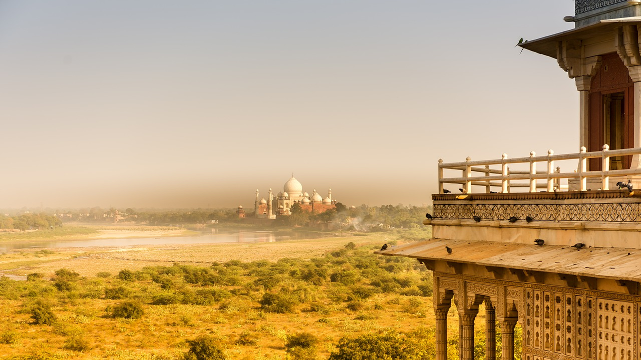 Yet another distant view of view of the taj mahal across the yamuna river_PD