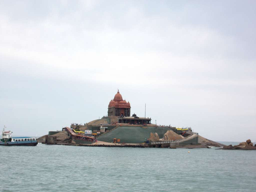 vivekananda-rock-memorial-monument_PD