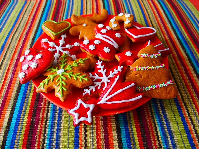 Christmas food tradition around the world. Top Best Holiday Delicacies. Christmas Food Traditions Around the World