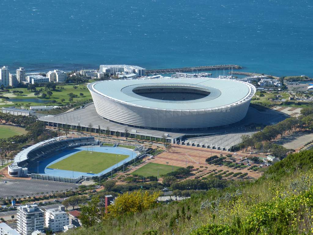 cape-town-south-africa-distant-view_PD