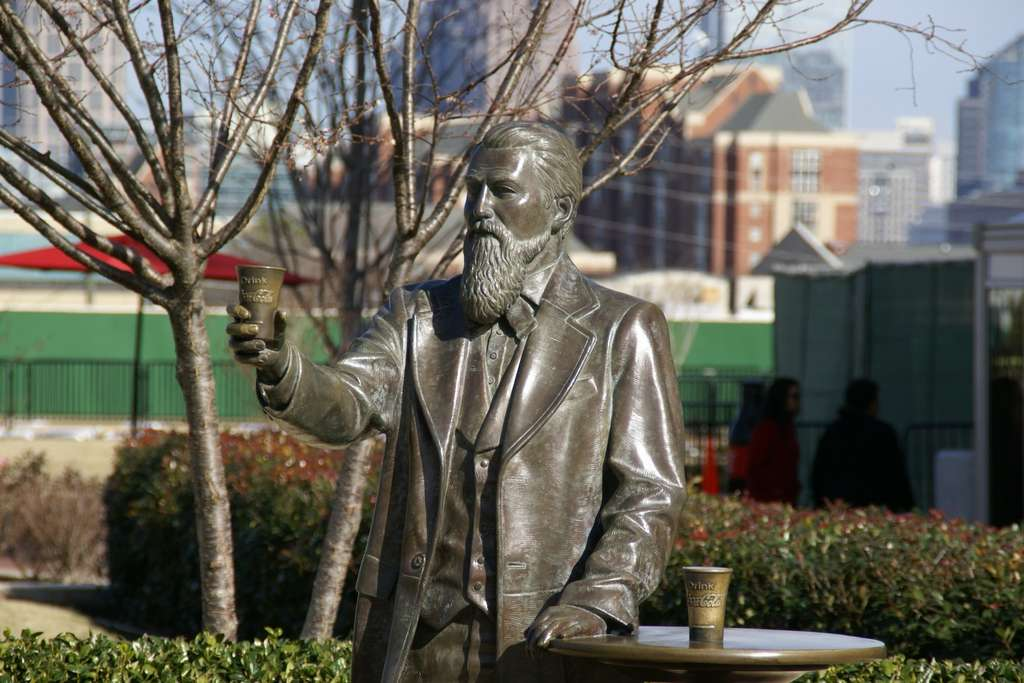 john-pemberton-statue-atlanta
