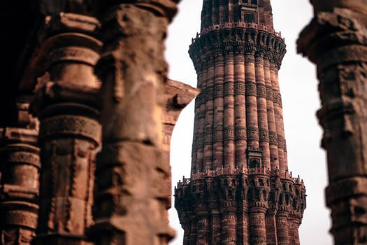 Qutub Minar Delhi. 5 Tips For First-Time Visitors To India