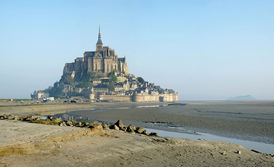 Mont_Saint_Michel_English_Channel