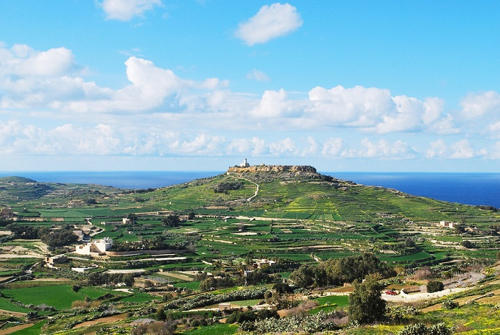 Gozo Malta lighthouse_Hiking In Malta_Places to hike in Malta