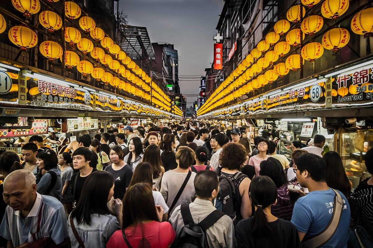 Night market scene in Taiwan_PD