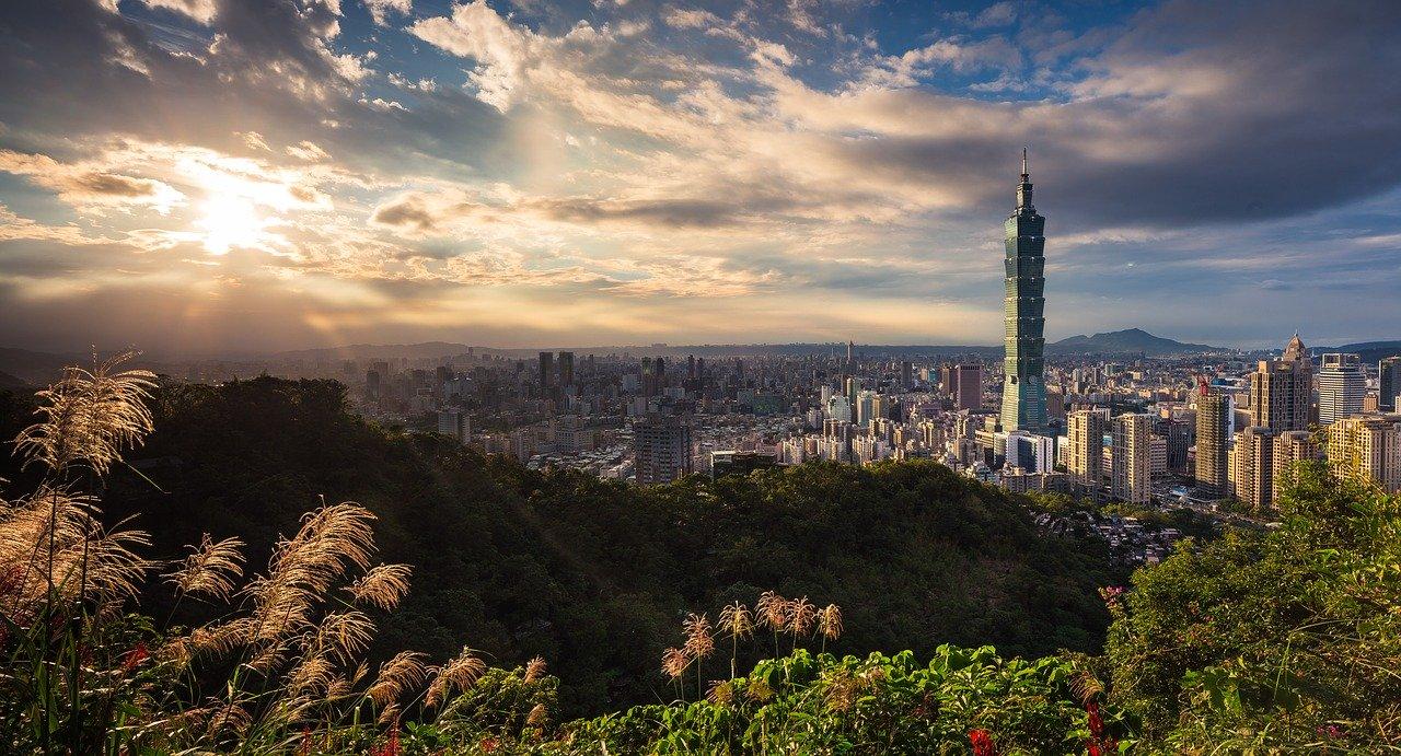 Taipei 101 building_ Taipei Cityscape_Taiwan_PD