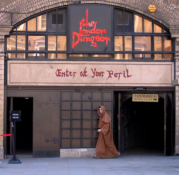 Indoor Attractions in London_Dungeon_United_Kingdom_England_CC BY 3.0