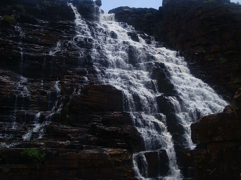 Teerathgarh_waterfall CC BY SA 3.0