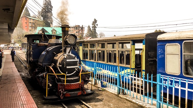 darjeeling mountain railway_PD