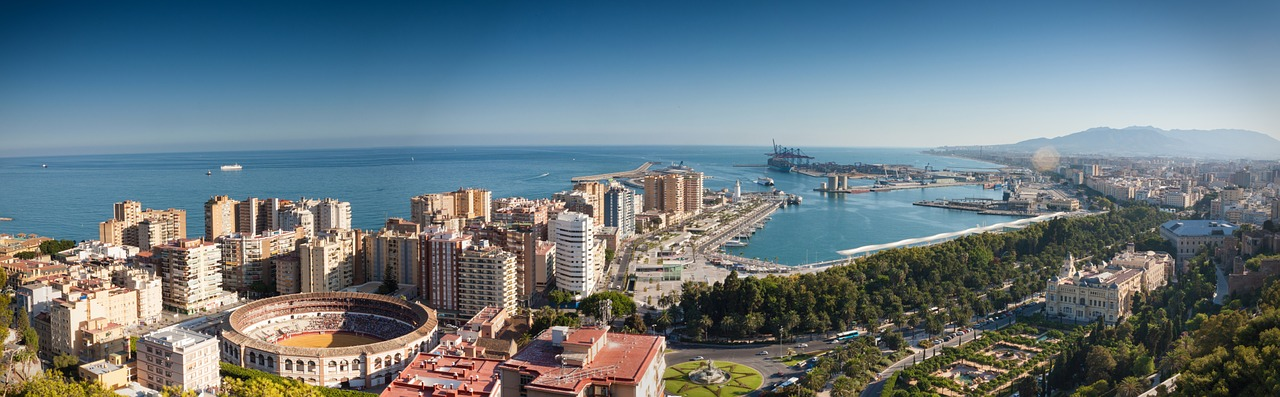 Malaga Travel Guide Spain_Port_PD