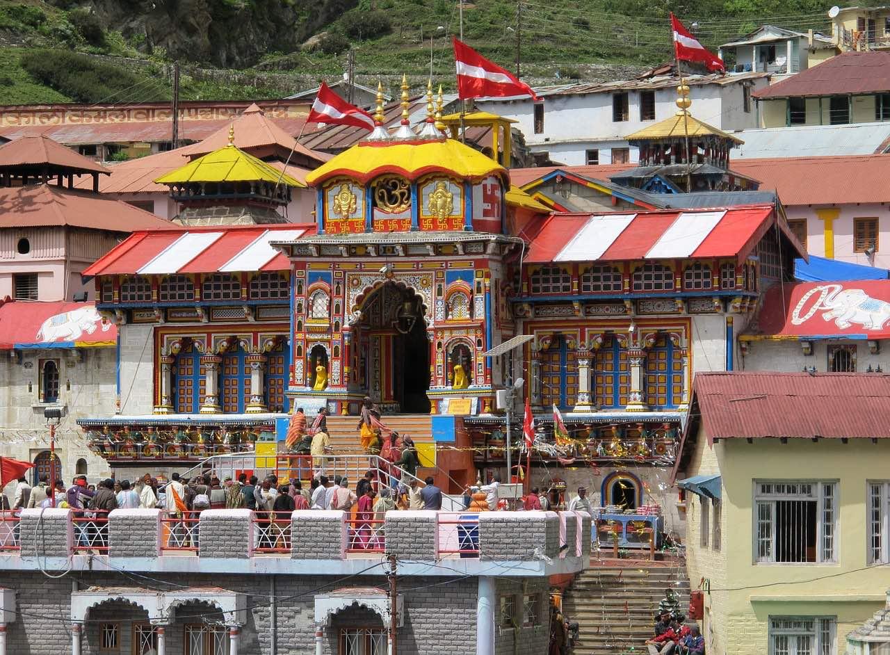 Vishnu Temple_Badrinath_Himalayas_Uttarakhand_PD
