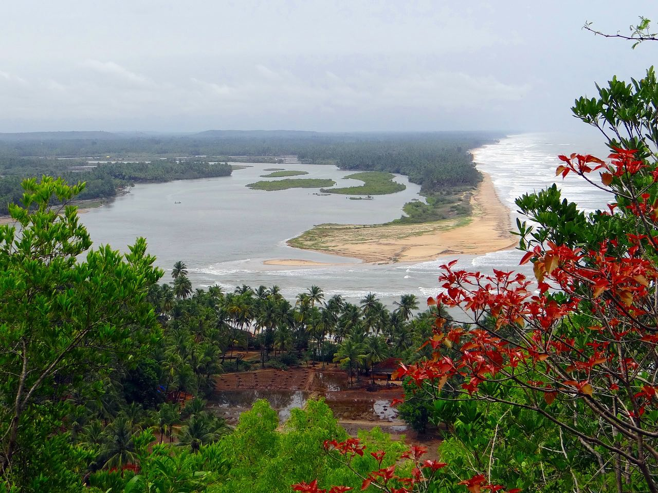 arabian-sea_sumana river_karnataka_PD