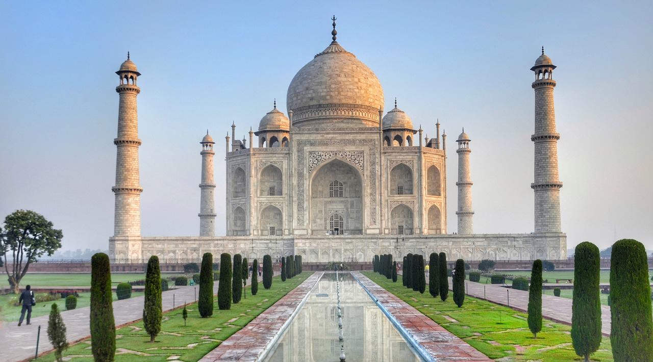 the taj mahal made from the ivory white marble agra_PD