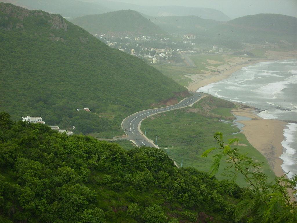 Visakhapatnam_Beach_Road_Kailashagiri_CCSABY3.0