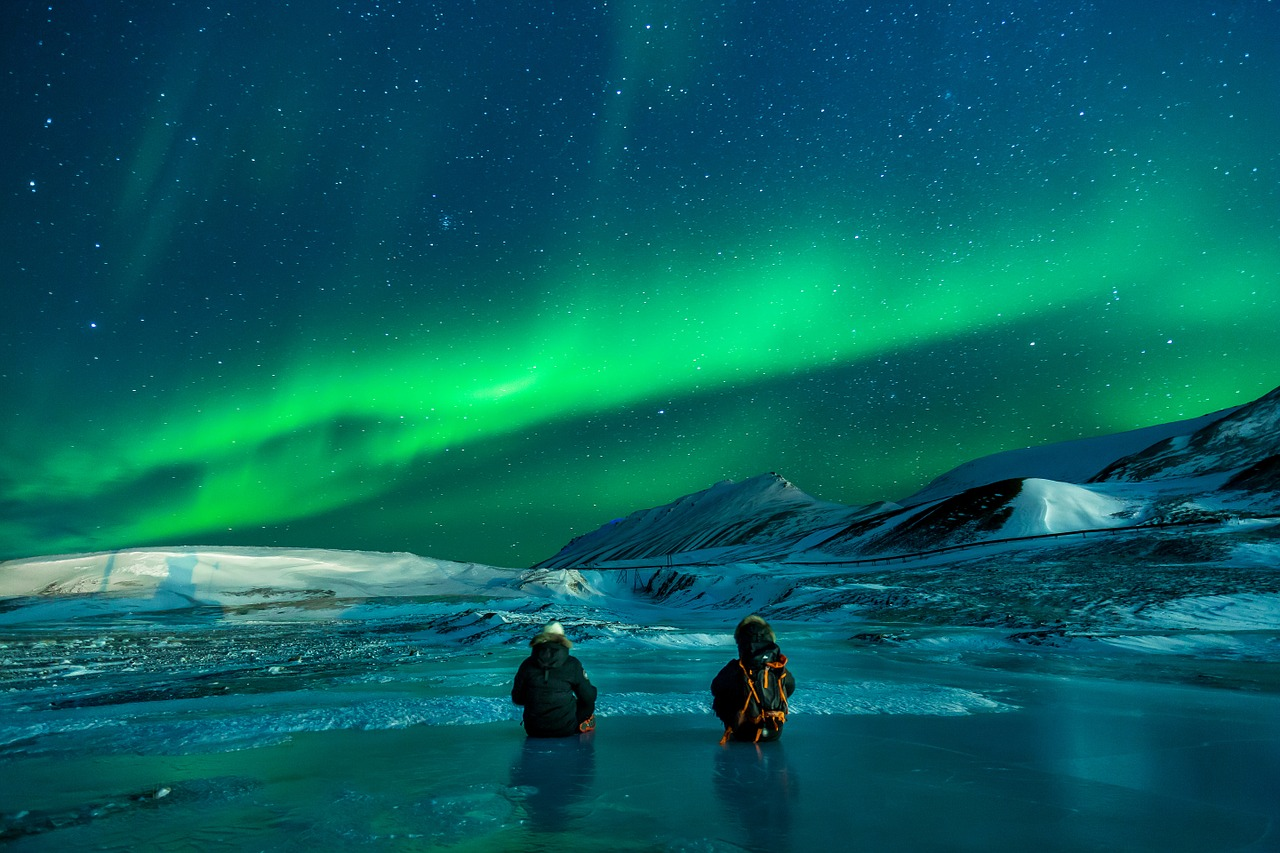 Adventurer and Explorer travel personality type_experiencing Aurora_polar lights_PD