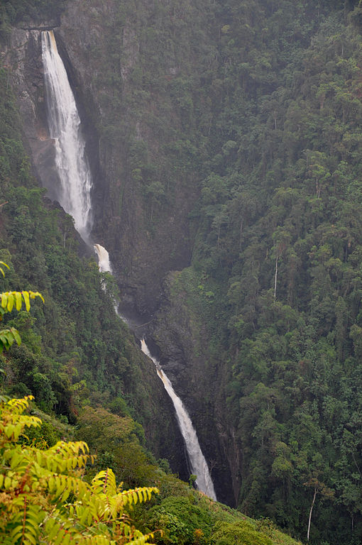 Choachi_waterfall_Highest_in_Colombia_CCBYSA2.0