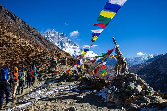 Hiking in Himalayas_Nepal_PD