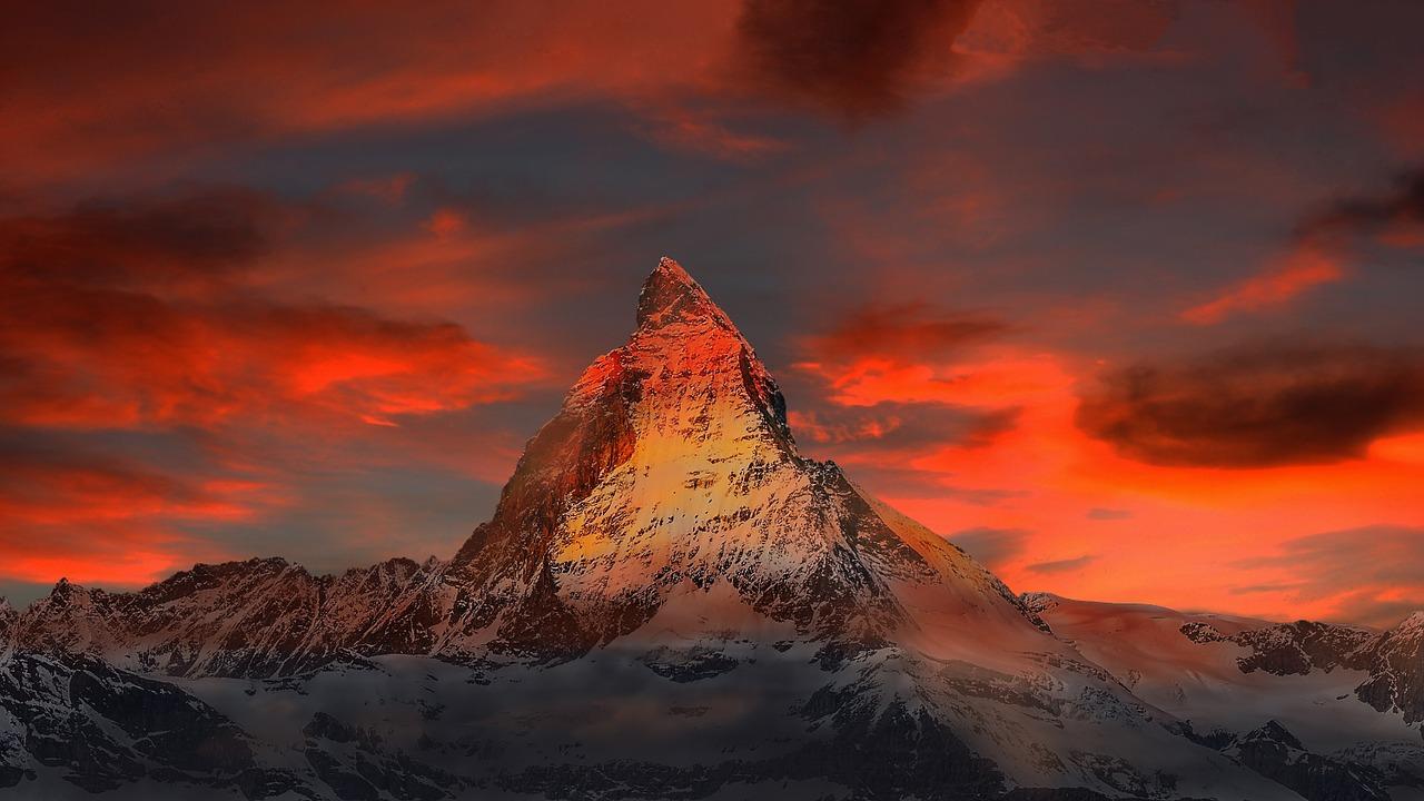 Switzerland_Zermatt_Matterhorn_Mountains_PD