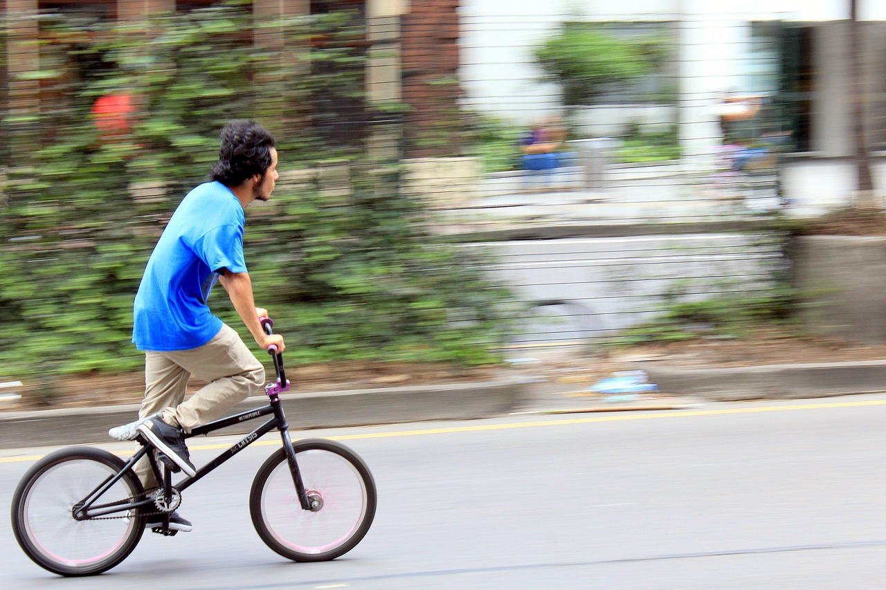 Sunday cycling in bogota_PD