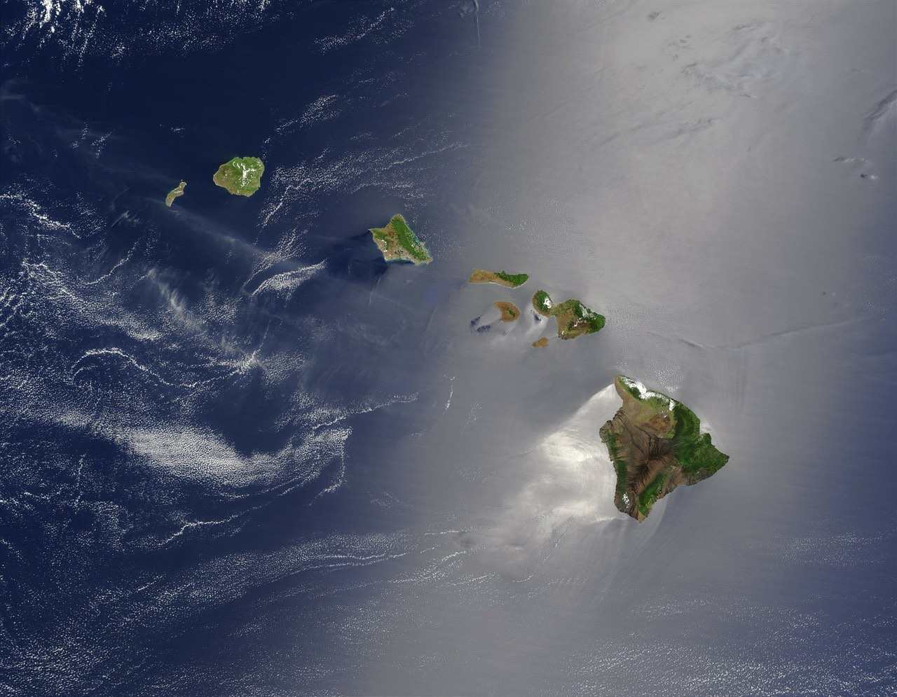 hawaii_hawaiian islands from above_PD