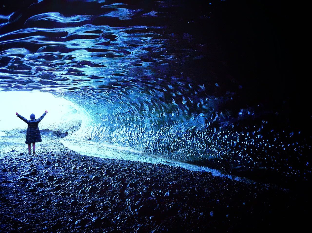 Ice Cave_Skaftafell_Iceland_PD