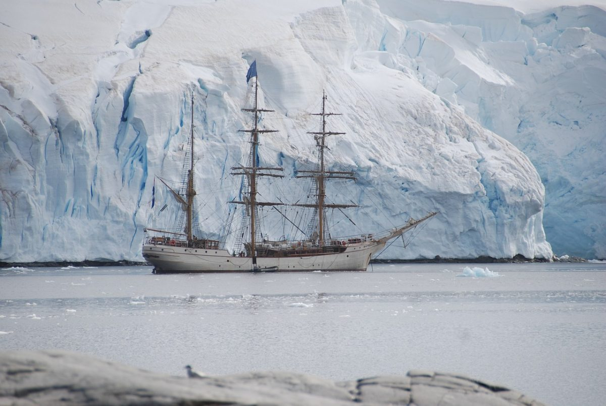 antarctic expedition_antarctica_PD