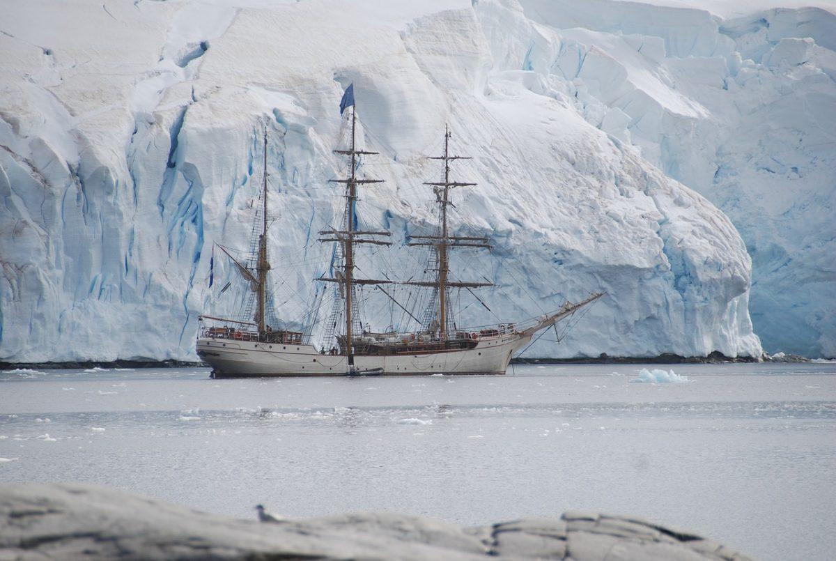 antarctic expedition_antarctica_PD