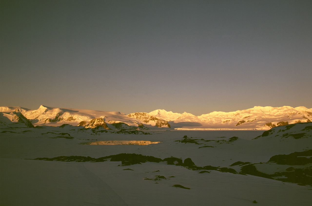 antarctic sunset_glaciers in antarctica_PD