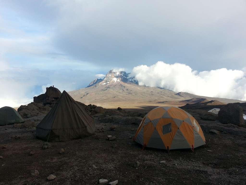 kilimanjaro-africa-tent-adventure