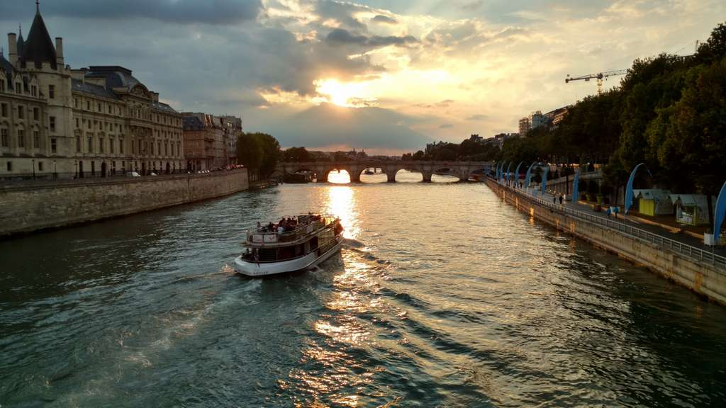 paris-seine-river-france-french
