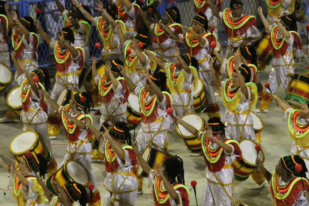 rio-carnival-sambodromo-carniva