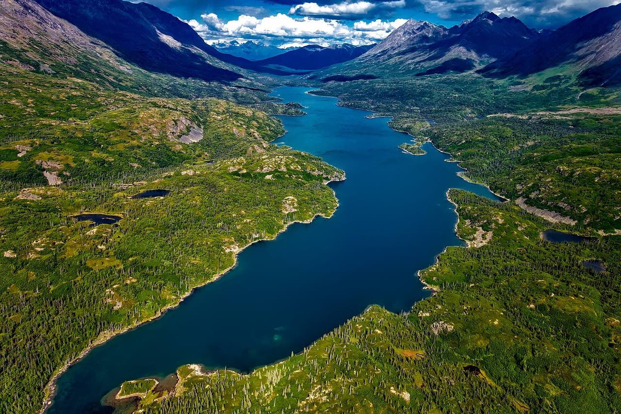 Alaska river and wilderness_PD